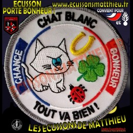 Chat Blanc Porte-Bonheur